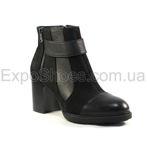 Женские ботинки Loris