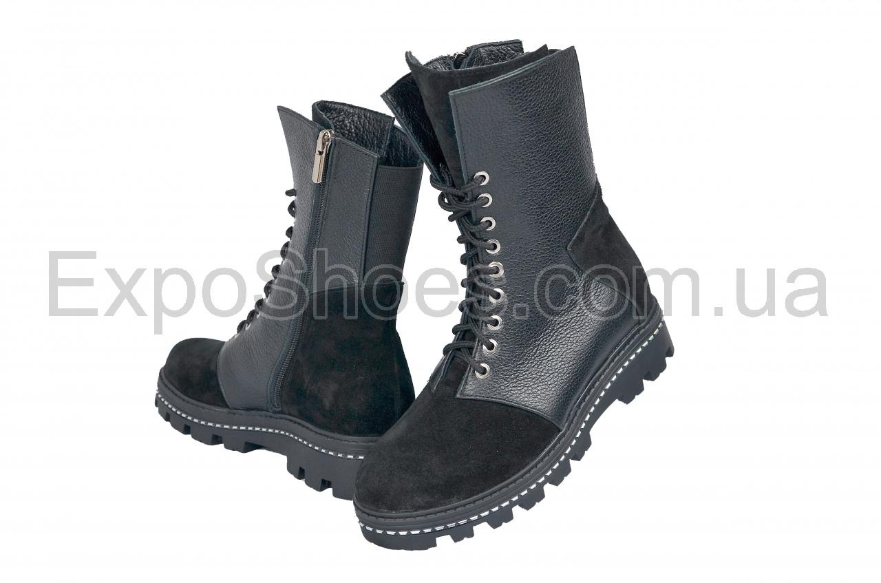Фотография женских ботинок Loris